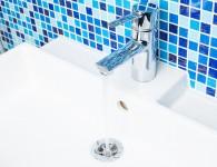 Mosaïque dans une salle de bain