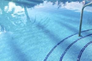 Carrelage dans une piscine