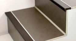 Comment poser un nez de marche en carrelage - Nez de marche carrelage escalier ...